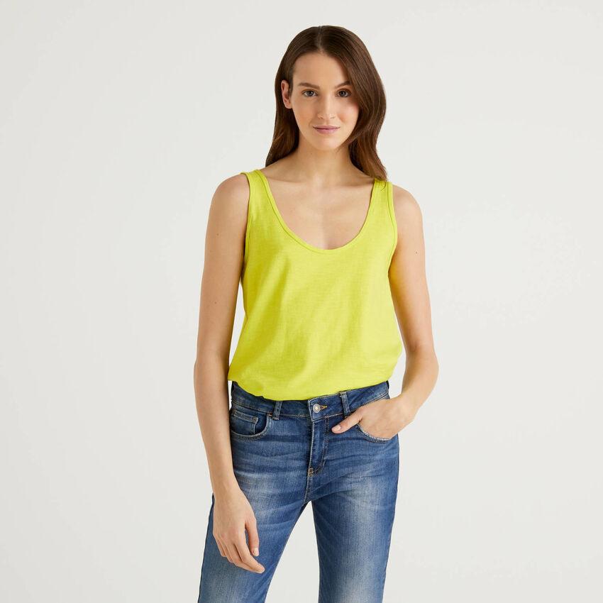Camiseta de tirantes de 100 % algodón con bajo redondeado