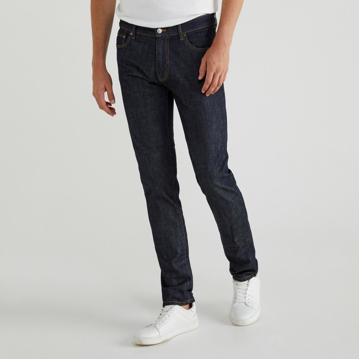 Five pocket jeans