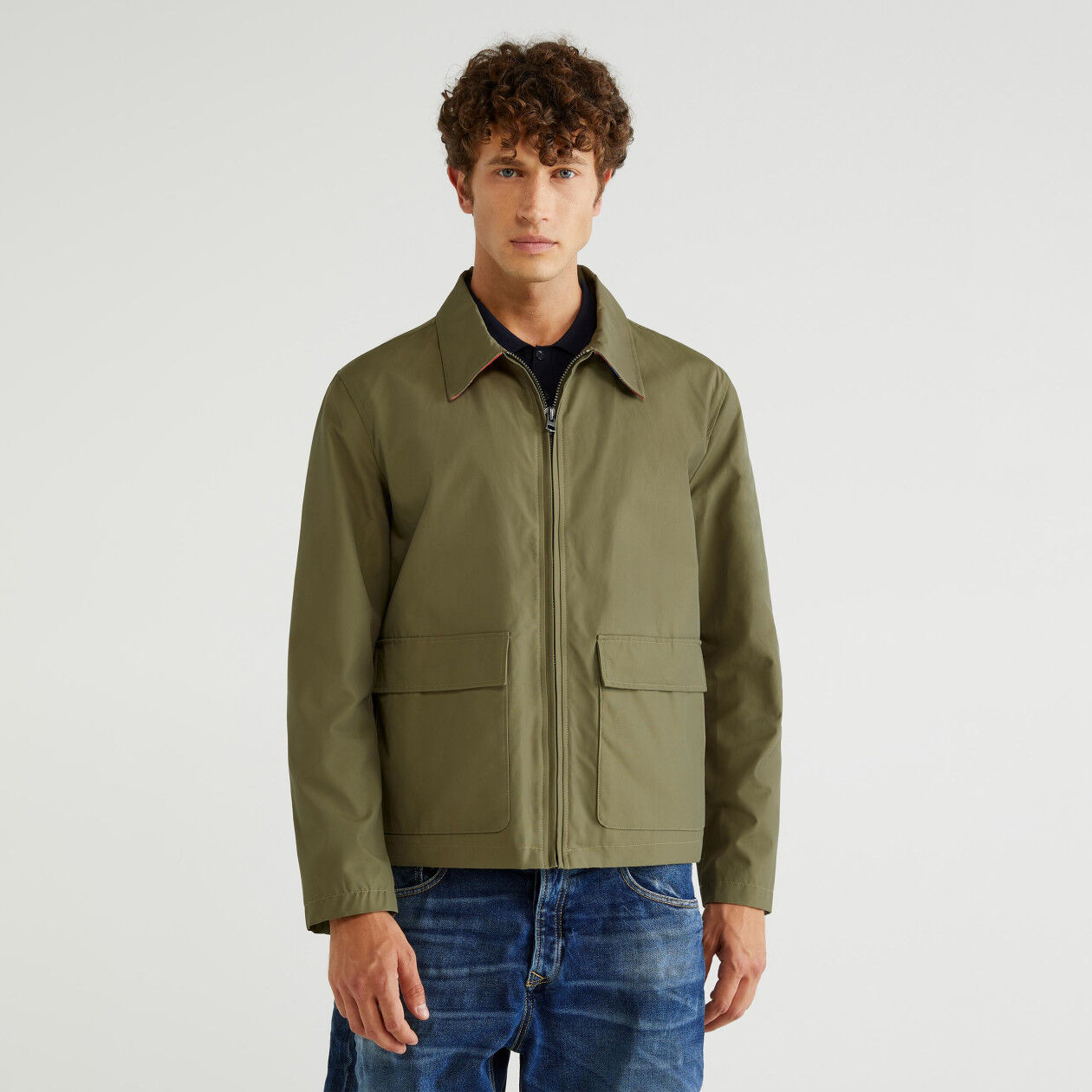 Regular fit nylon jacket