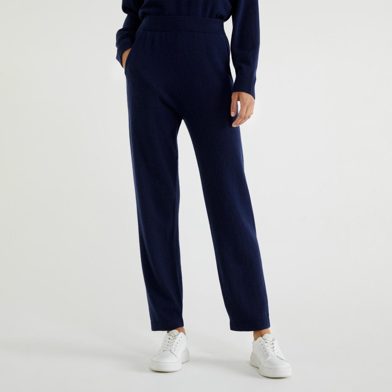 Trousers in virgin wool and cashmere