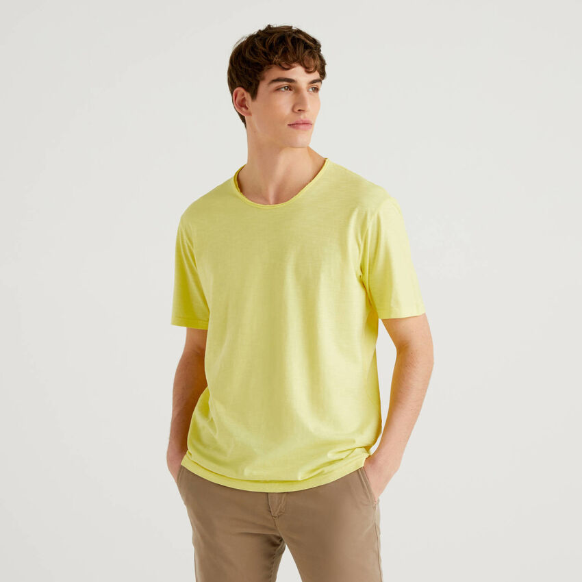 Yellow t-shirt in pure cotton