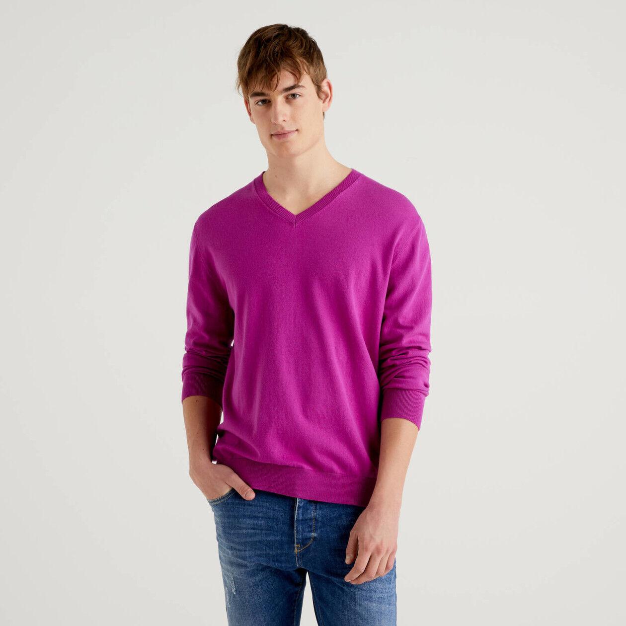 Jersey de algodón mixto con escote de pico