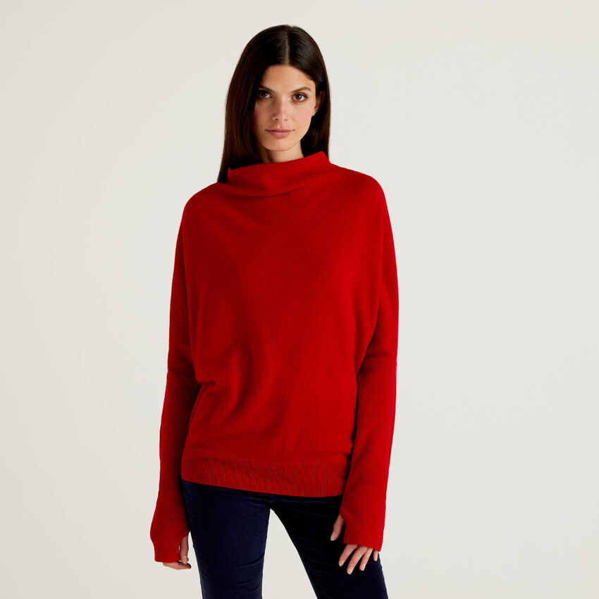 Red turtleneck with ribbed sleeves