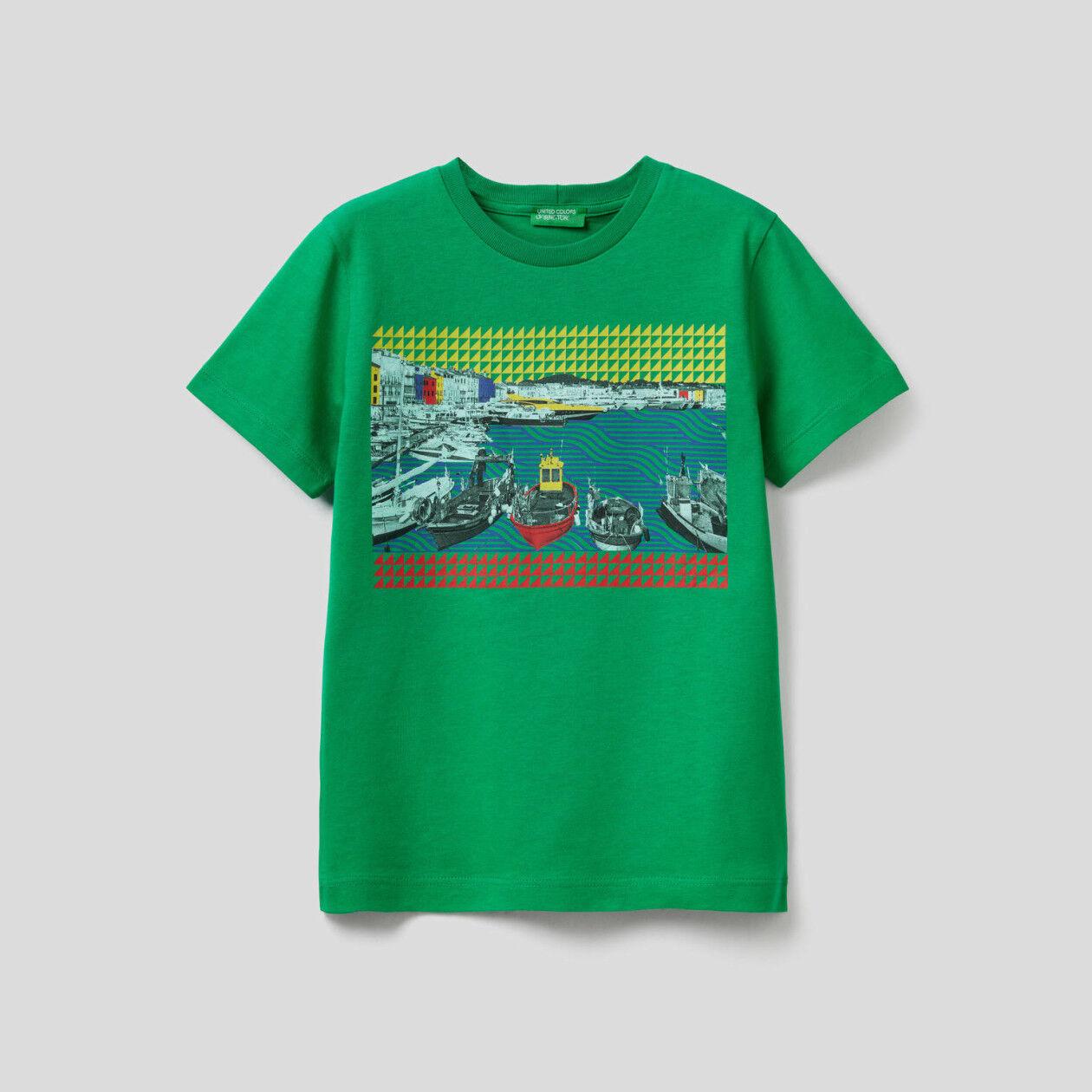 T-shirt with landscape print