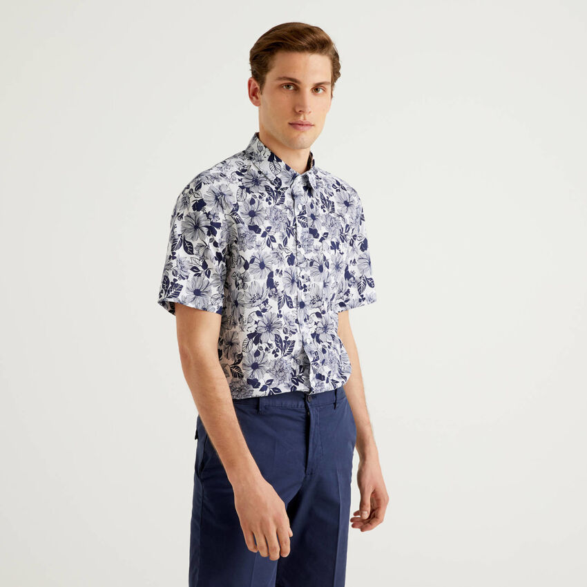 Short sleeve shirt with botanical print