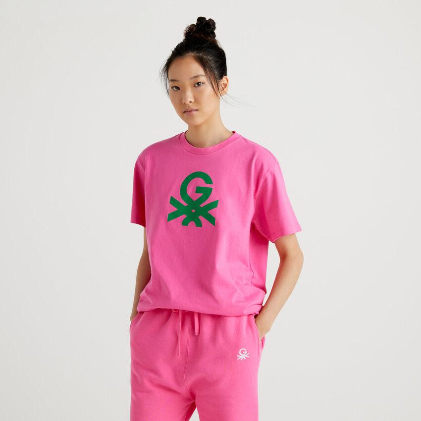 Fuchsia unisex t-shirt with logo by Ghali