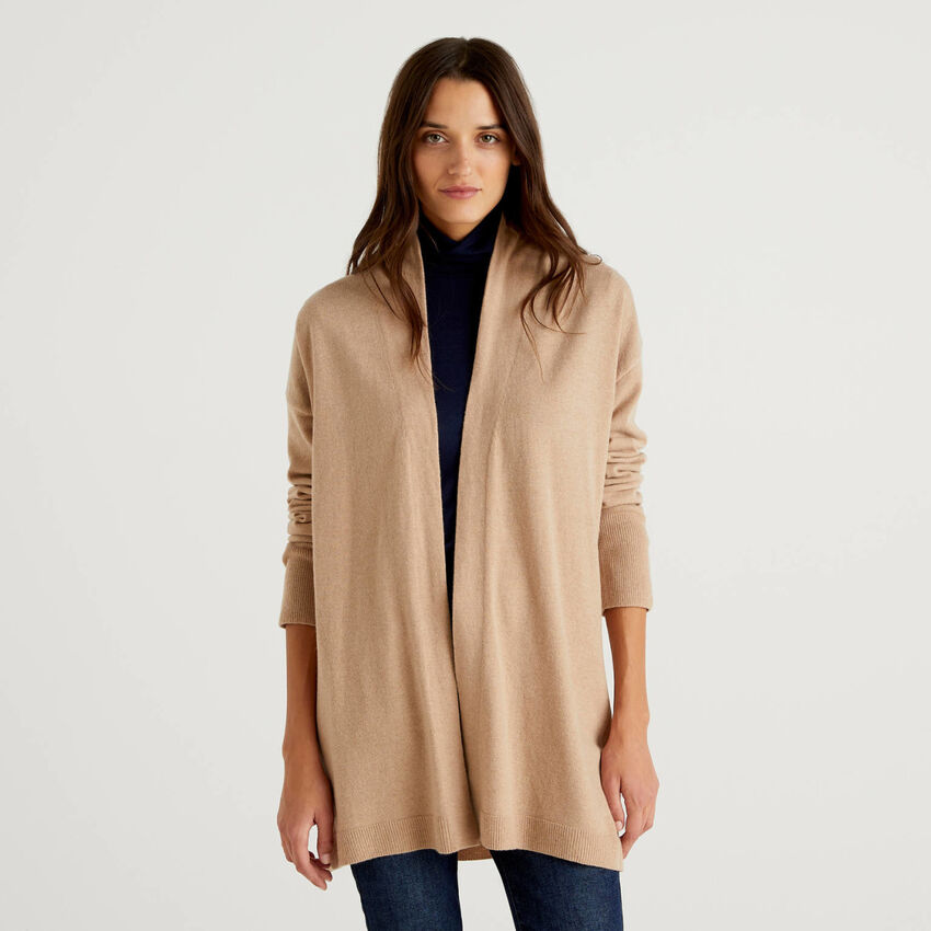 Camel cardigan in wool and cashmere blend