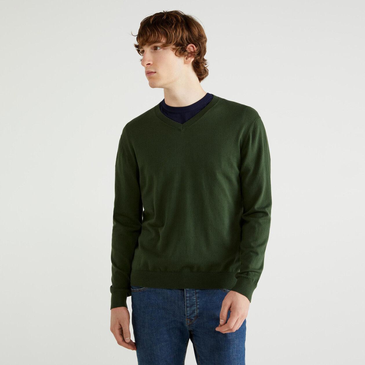V-neck sweater in tricot cotton