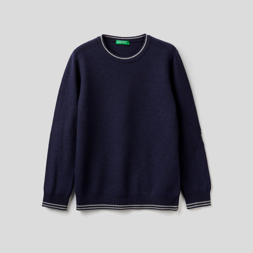 Knit sweater with patches